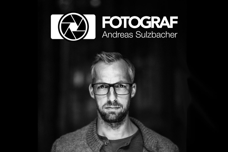 Logo Fotograf Andreas Sulzbacher invertiert